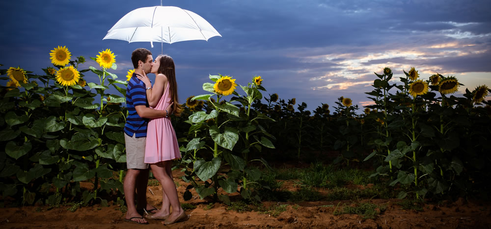 Advantages Of A Second Wedding Photographer